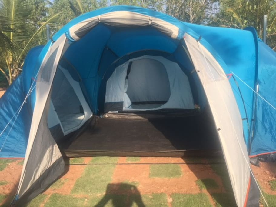 3 bed room tent 6 pax can stay