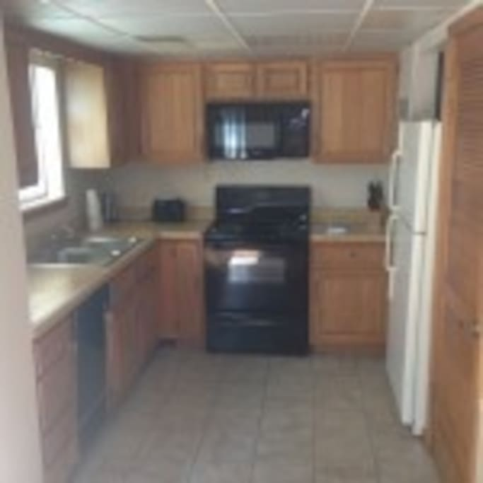 Kitchen-fully equipped