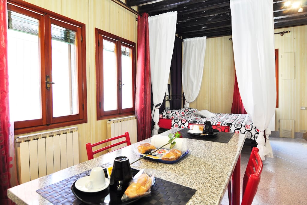 Romantic apartment,center of Venice