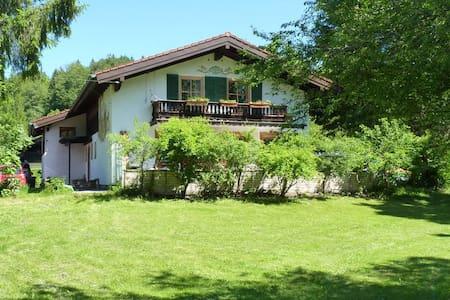 Ländliche Ferienwohnung in Geitau - Bayrischzell - Flat