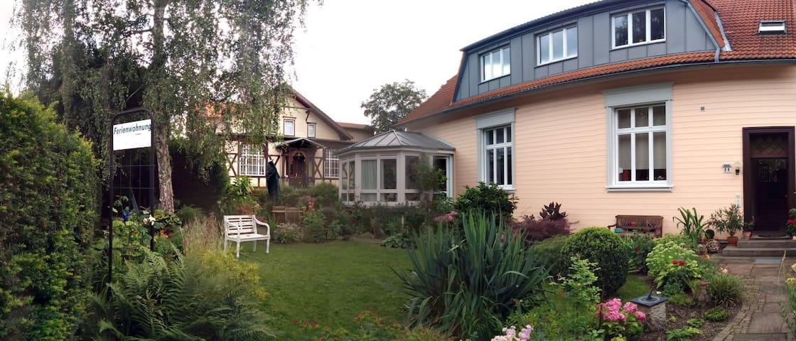 Gemütl. Ferienwohnung  mit Fachwerk - Wernigerode - Huoneisto