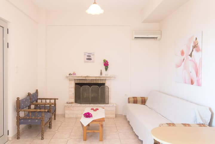 2 BEDROOM APPARTMENT in KALAMAKI