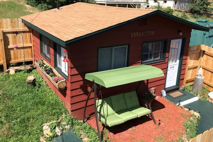 ALPENHUT Close To RMNP W Private Jetted Hot Tub ! - Estes Park - Choza
