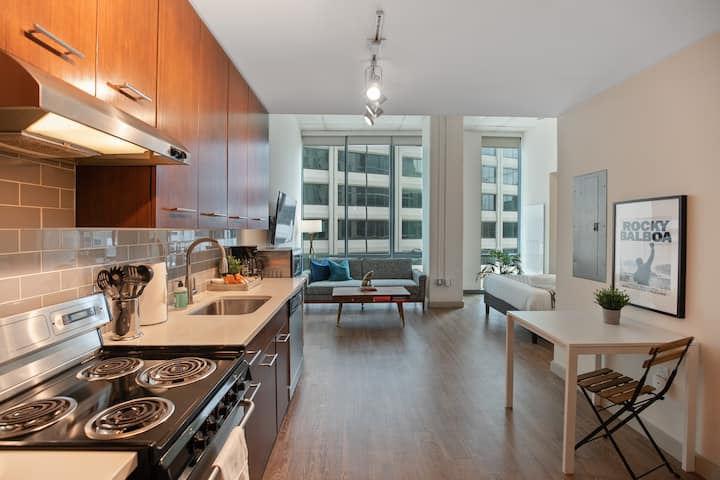 Luxury Studio In The Heart Of Philly