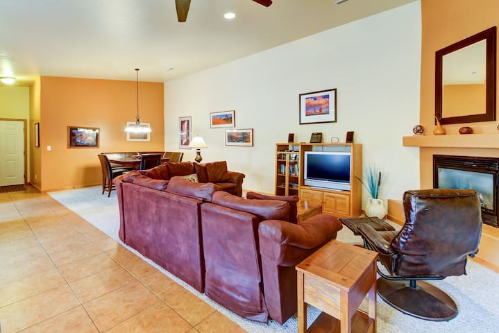 Beautiful dog-friendly home w/ shared indoor pool & modern comforts!