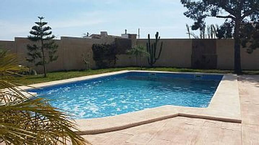 Alicante Villa avec piscine privée - Alicante
