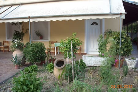 House 10minutes walk from the beach - Corfu (Kerkyra)