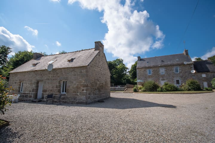 Fabulous Farmhouse & Gite with Pool & Games Room