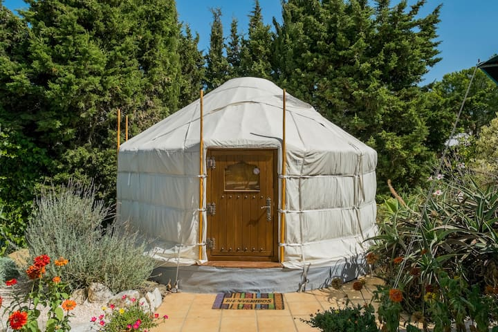 Romantic Yurt with private pool and seaview - Algarrobo