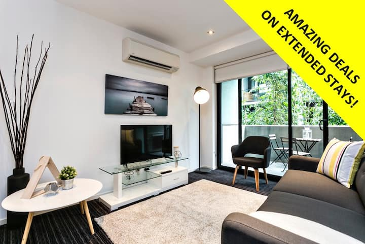 AMAZING 2BD ST KILDA RETREAT *WIFI & PARKING