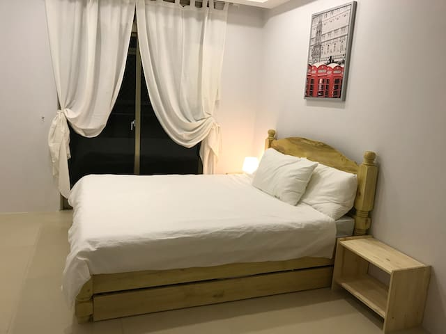 Umali Kayo at Megatower Residences II (3F-19)