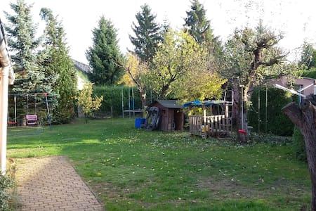 TOP Ferienhaus bei Berlin SXF Pension Monteur FEWO - Blankenfelde-Mahlow
