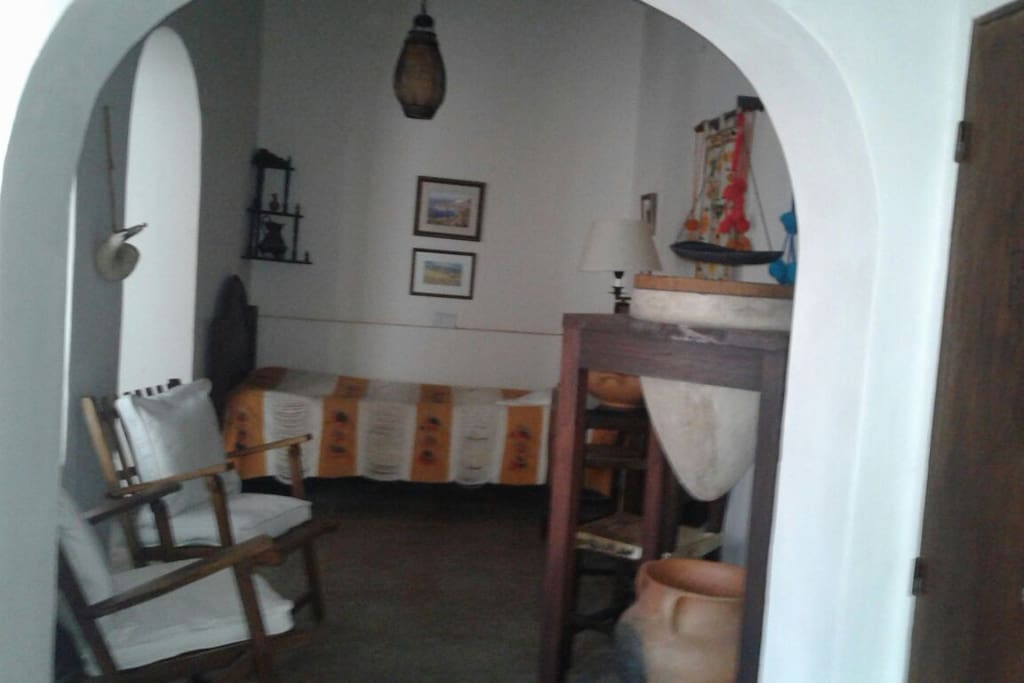 salón contiguo a la cocina