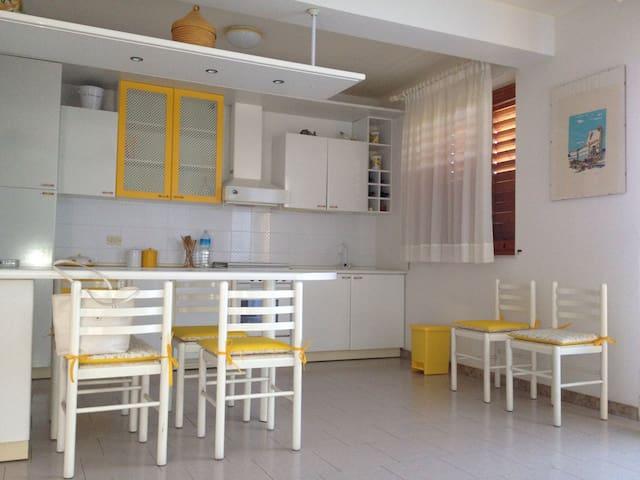 Appartamento a Pozzillo - Pozzillo - อพาร์ทเมนท์