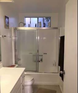 Private Master Bedroom - Palermo - Apartment