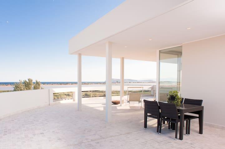 Attico con splendida vista mare - Cagliari - Apartment