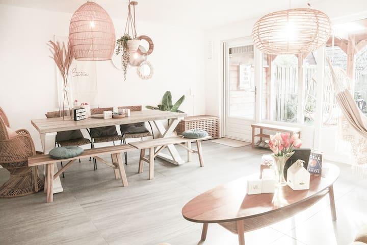 LongStay Welcome Lovely Room❤️20min Ride Amsterdam