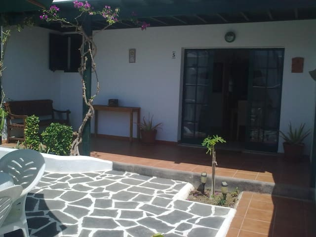 Home in Lanzarote (Canary Islands) - Costa Teguise - Hus