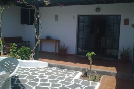 Home in Lanzarote (Canary Islands) - Costa Teguise - Casa