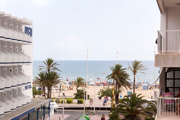 Gandia bech (VALENCIA) 50mts beach