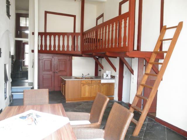 "Altstadthaus, FeWo ""Amberg"" - Arnsberg - Apartamento"