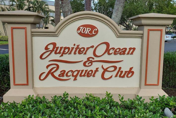 Jupiter Beach Getaway