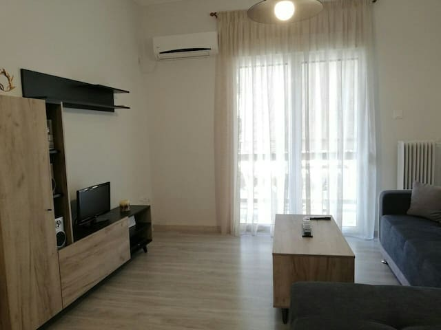 Cozy and central apartment in Vironas (Athens)