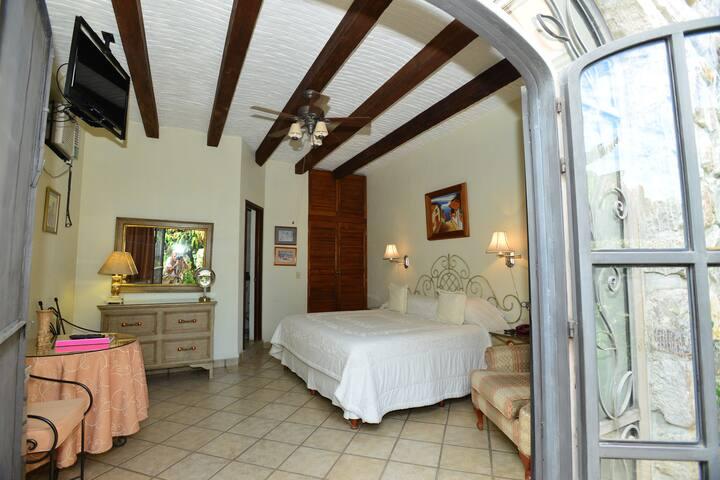 Sanctuary Garden Suite at Casa Tres Leones