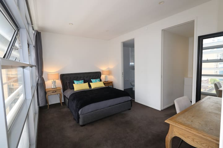 Luxury Apartment In Heart Of City Darling Harbour Apartments For Rent Sydney New South Wales Australia