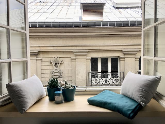 Charming studio in the heart of the Latin Quarter.