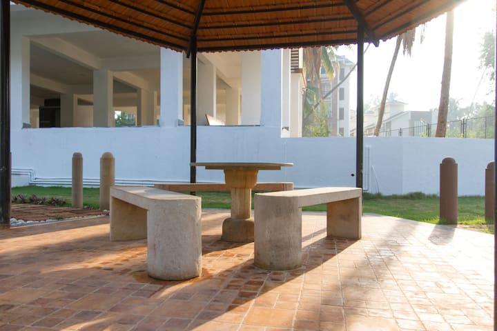 Luxe&Budget one BHK near Baga beach/Club Cabana - Arpora - Appartement