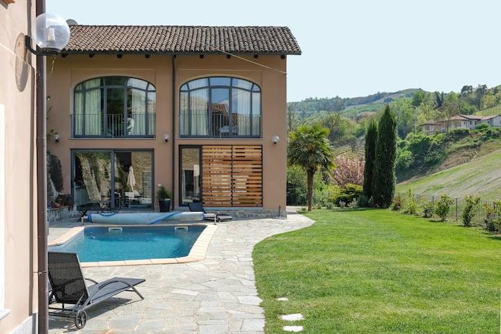 Dimora tipica con piscina privata