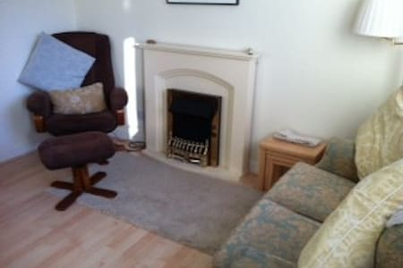 ground floor terraced 1 bedroom house with garden - Edinburgh