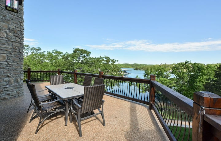 WaterMill Cove Resort Lakefront Lodge~By Silver Dollar City~2 POOLS~Dock