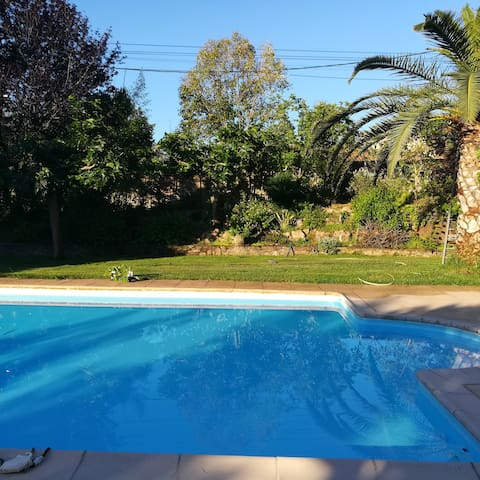 Chambre privee belle vue, piscine