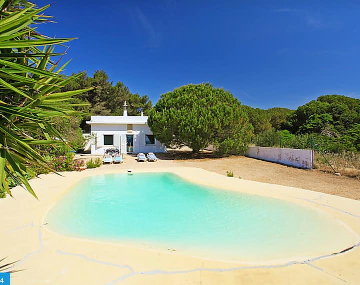 "Holiday Home ""Casa da Guarda- Nature Lovers"" with Ocean View, Terrace, Pool & WiFi; Parking Available"