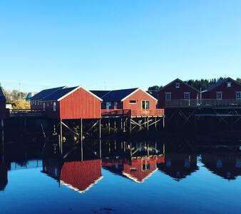Rindebua (Fishermans cabin) - Stamsund