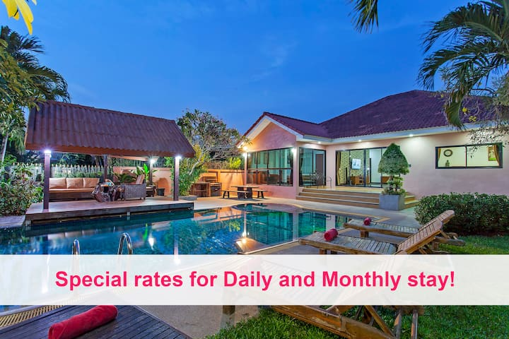 Baan Chatmanee | Beautiful 5 Bed Villa in Jomtien