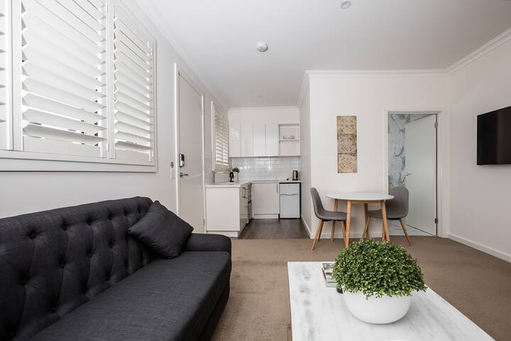 Newington Apartments - Apt 2 Twin Queen