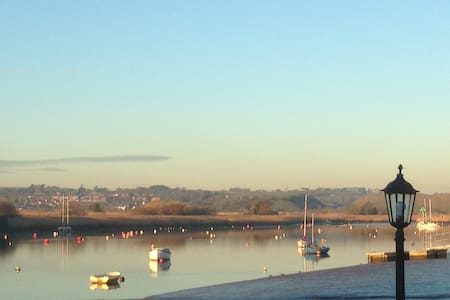 Periscope Cottage with estuary views - Topsham - Ház