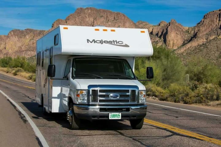 Like New RV for Traveling the West! - Las Vegas - Camper/RV