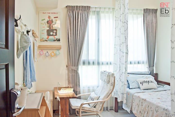 TaipeiBNT Female -- Single bedroom