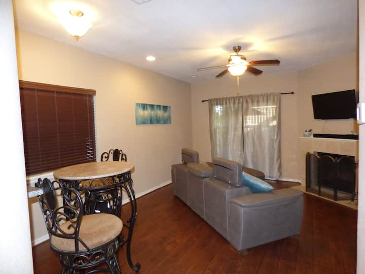Charming 2 bedroom 1 bath condo with 2 balconies.