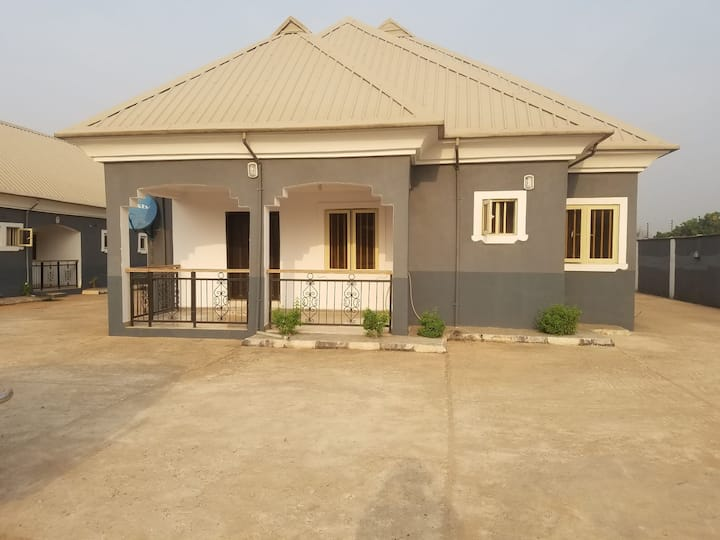 The Tayo And Bola Oyeledun Residence