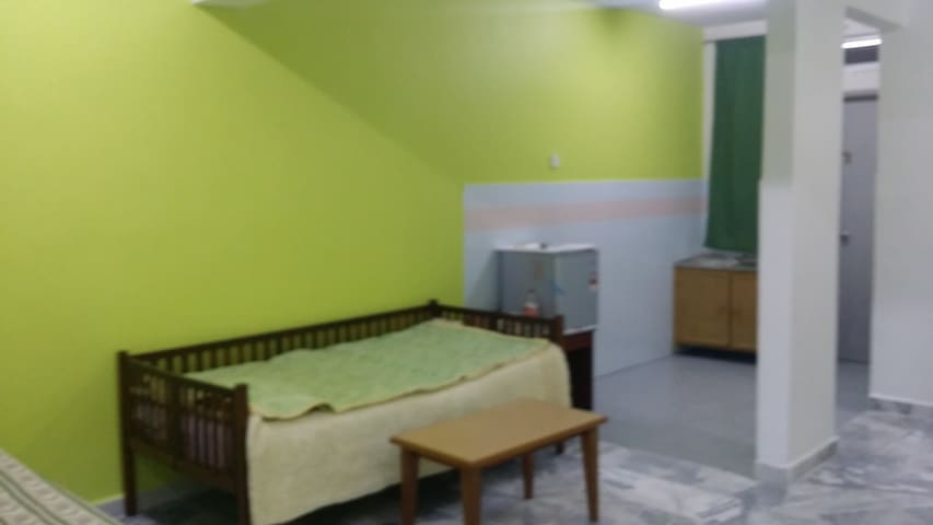 Studio Unit for 4 (2 adults 2 children) - Port Dickson - Dom