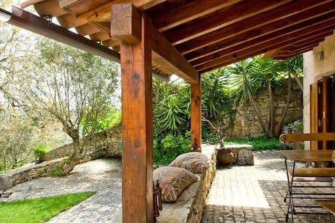Villa Pedra Natural Houses   Jasmine House