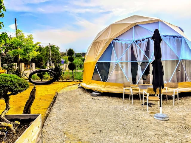 Glamping Dome on Lake Neusiedl