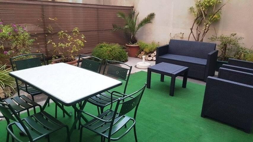 Studio triple Supérieur avec terrasse