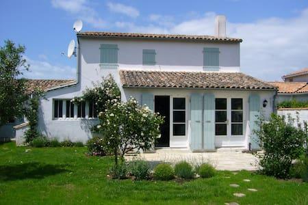 Charming house near the beach (8 beds) - Saint-Clément-des-Baleines - Dom