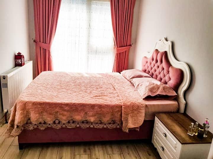 شقة فاخرة ببيليكدوزو جمهوريات قريبة من ميطوبيص